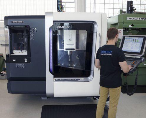 Bedienung - Seifert GmbH Kunststoff in Präzision